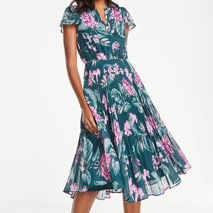 Ann Taylor Fauna Floral Pleated Dress